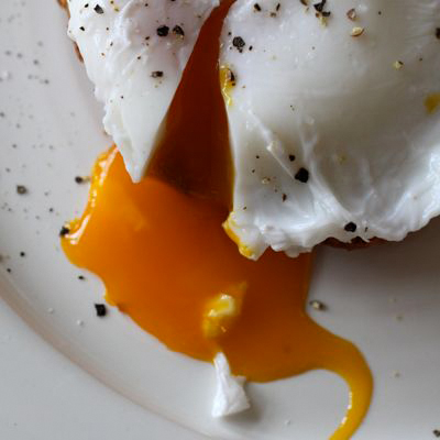 The secret to making a perfect poached egg? Try Thomas Keller's technique - it really works!
